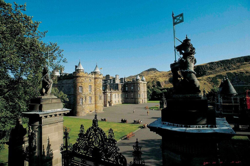 Holyrood palace map