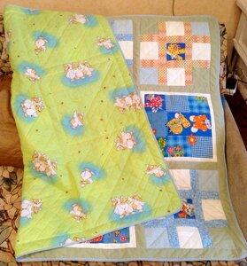 Лоскутное одеялко с буквами