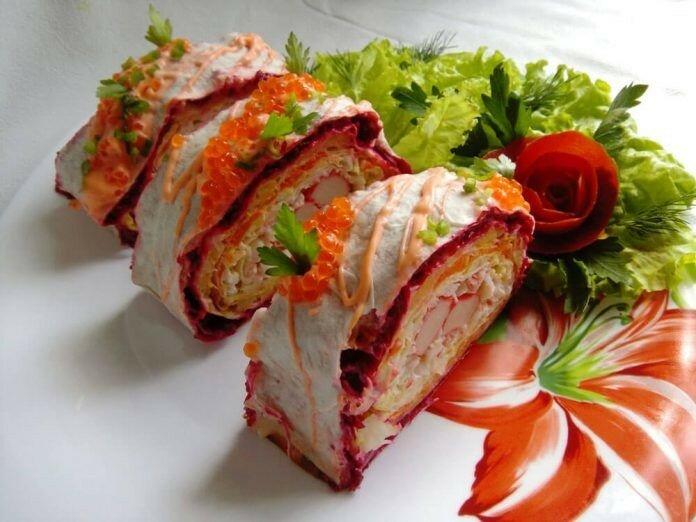 Рулет из лаваша с рыбно овощной начинкой