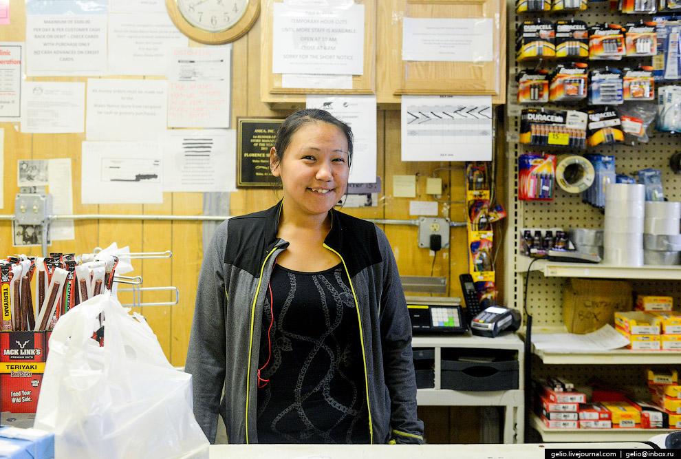 15. Цены в магазине особо не отличаются от цен в любых других магазинах на Аляске. «Накрутки» з
