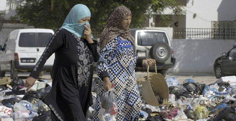 Странные привычки жителей Туниса (9 фото)