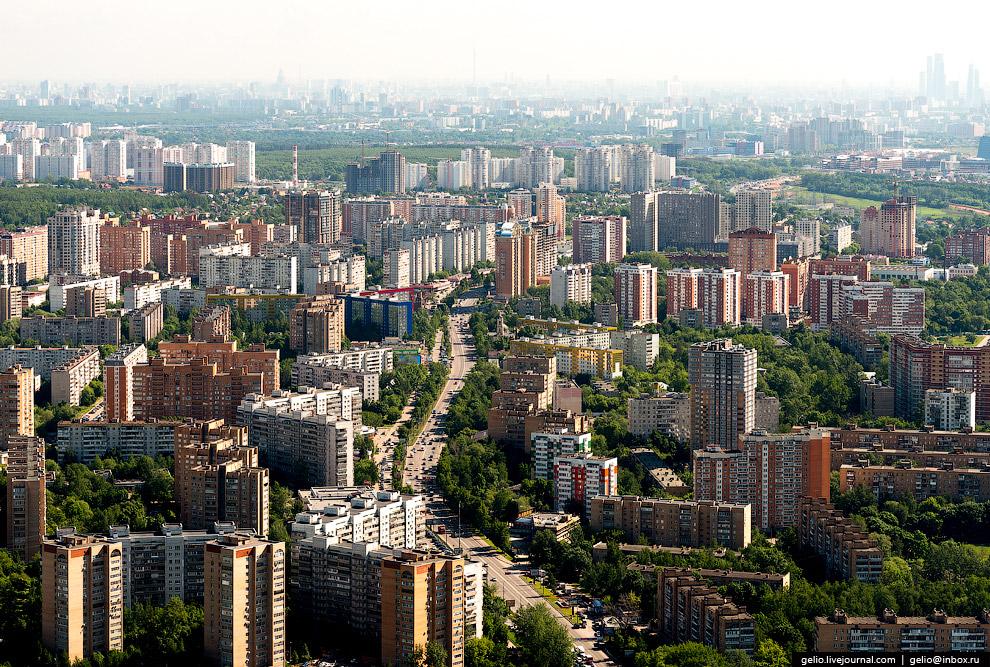 6. Площадь торговых объектов Одинцовского района — 732 600 кв. метров. По уровню обеспеченности