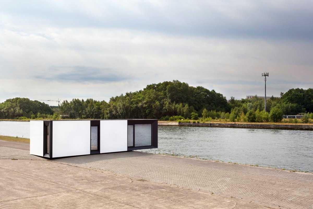 12. Этот мини-дом, созданный бельгийской фирмы Skilpod, может быть оснащен солнечными панелями и вен
