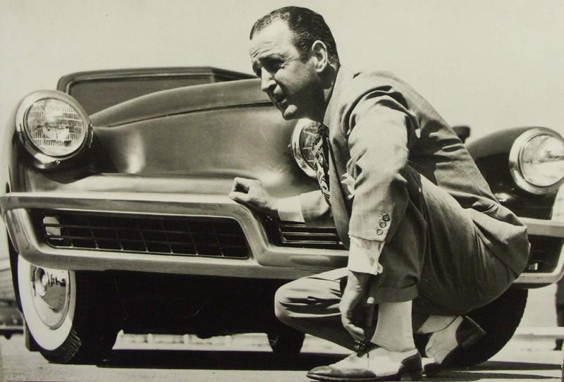Технически Tucker'48 (или Tucker Torpedo) был прорывом для серийного авто, однако многое в это