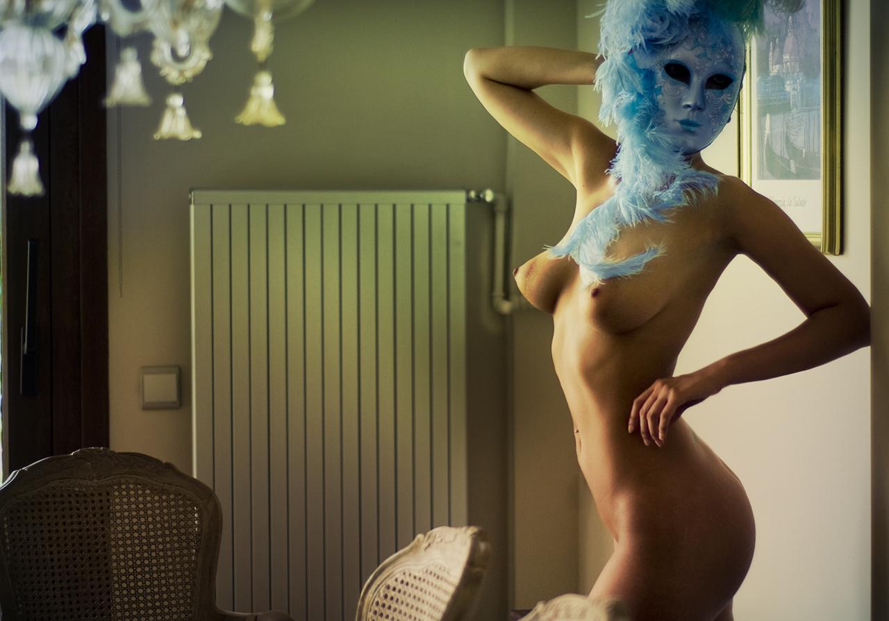 Голубое/синее на фото