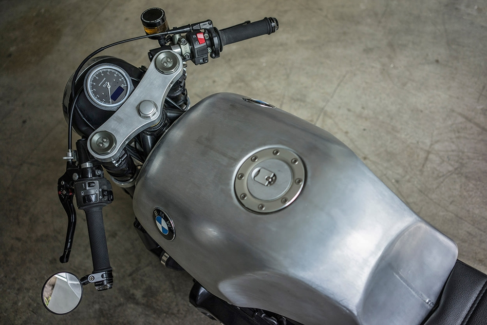 Майк Флорес: кафе рейсер BMW K100 Killer K