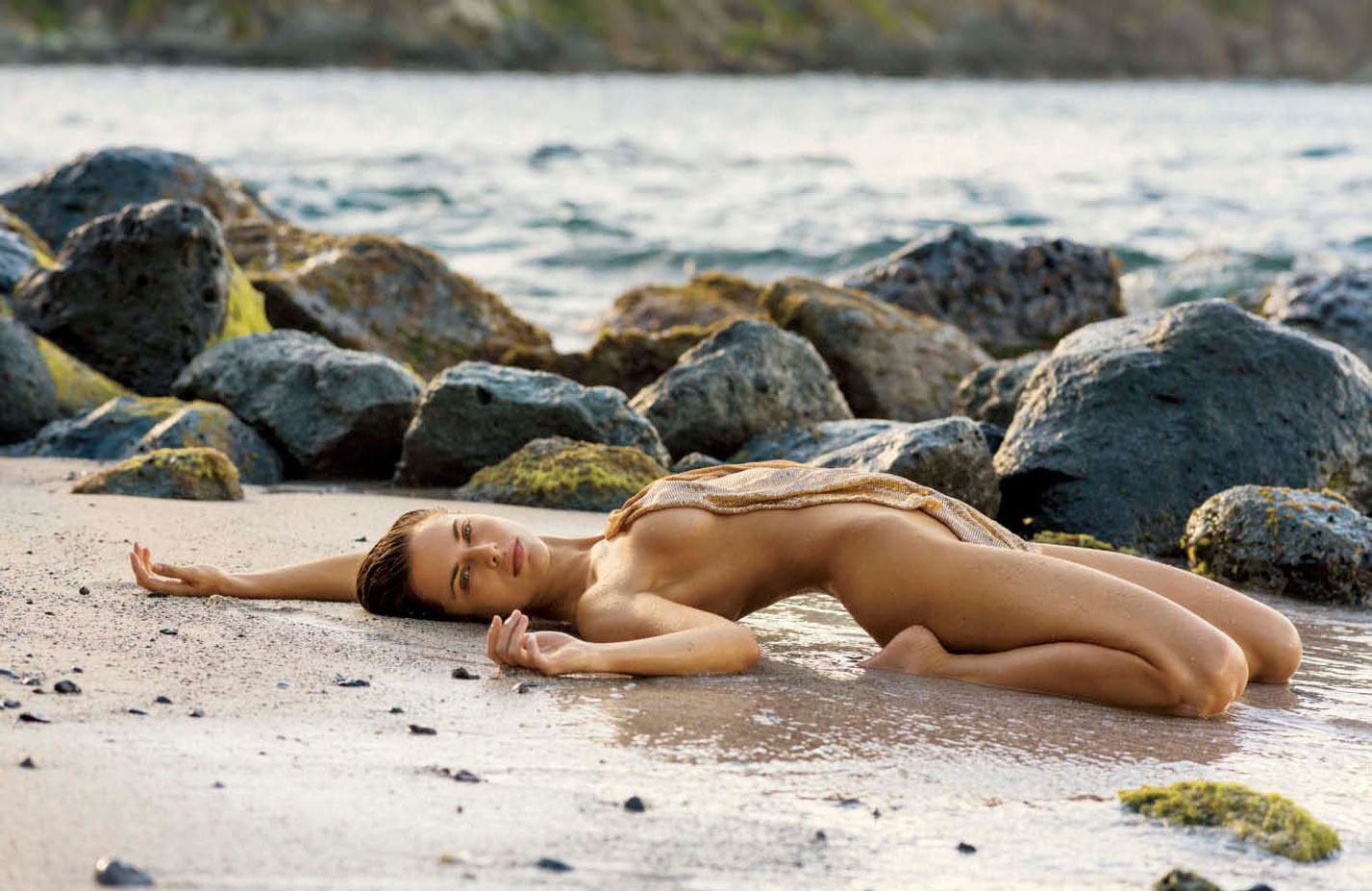 Лана Закосела / Lana Zakocela nude by Gilles Bensimon - Maxim US may 2017