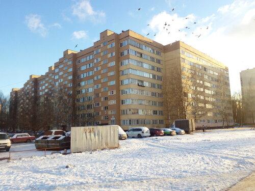 ул. Маршала Захарова 9