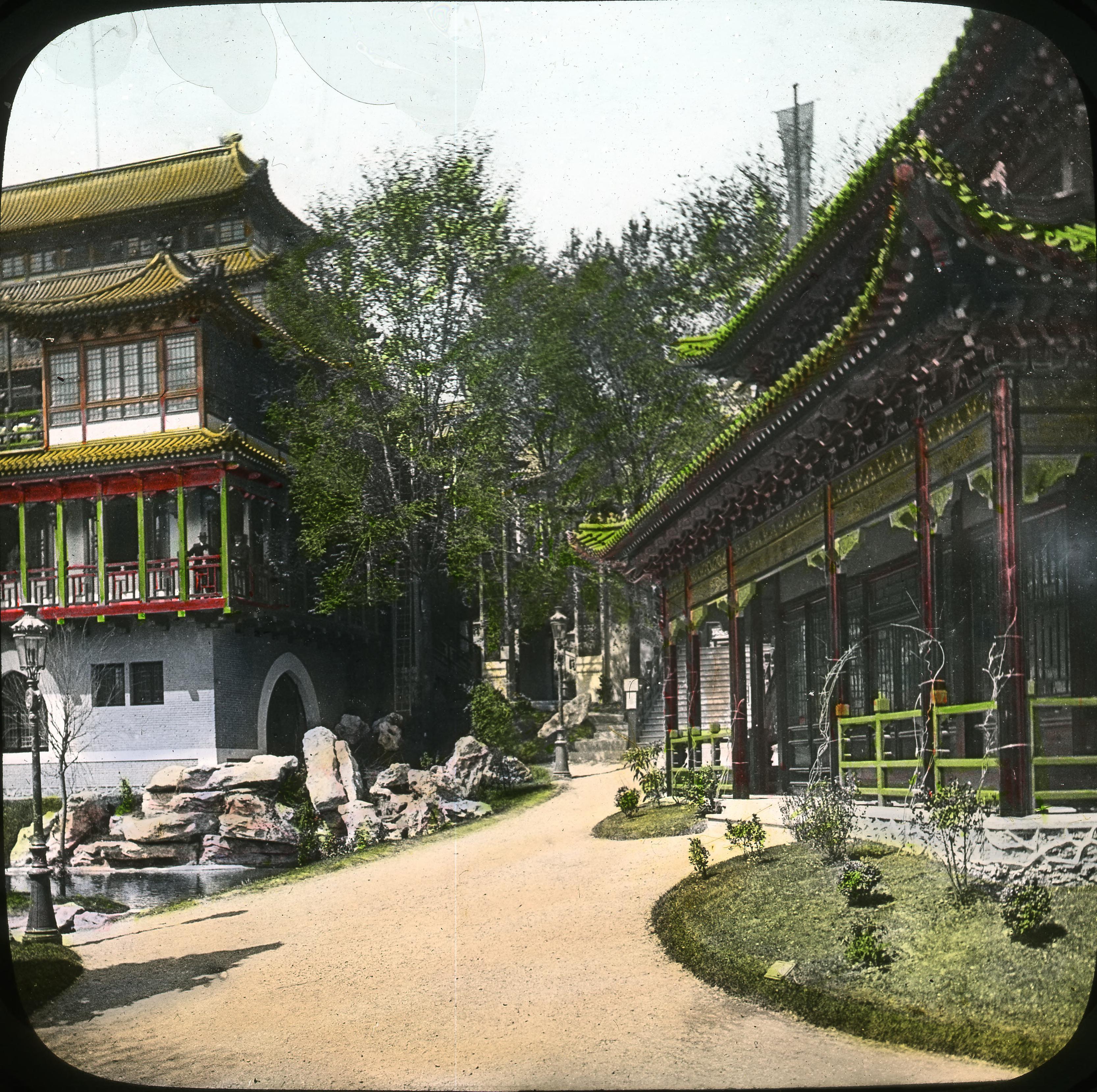 Павильон Китая. Сады Трокадеро