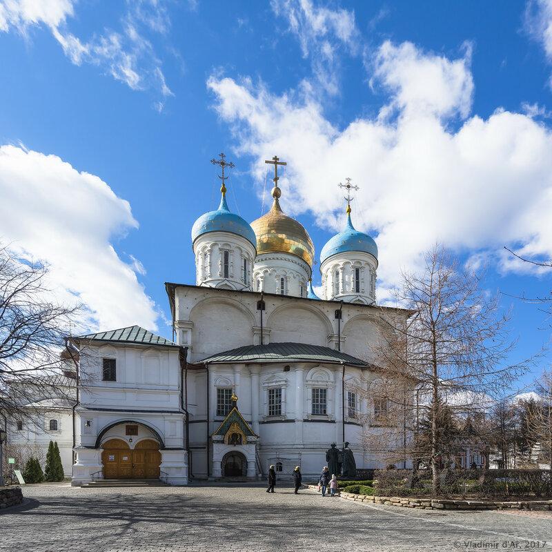 Новоспасский монастырь монастырь. Преображенский собор.