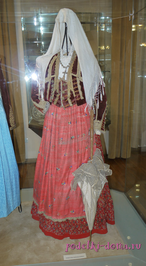 Народные костюмы Черногории