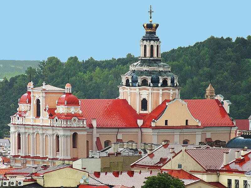 Над крышами Вильнюса. Костел Святого Казимира