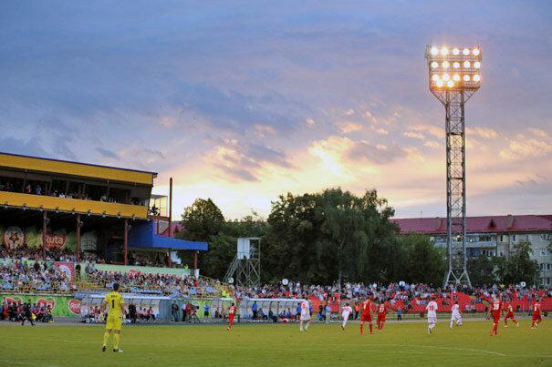Стадион Авангард в Луцке