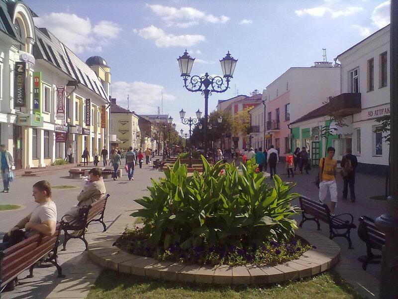 Цветы в городе везде