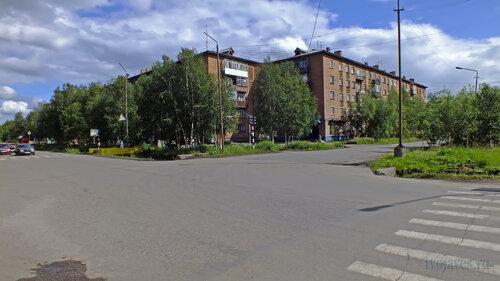 Фотография Инты №5113  Куратова 17 и Дзержинского 4 14.07.2013_13:42