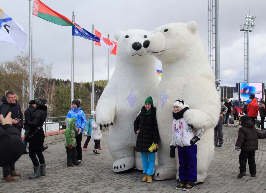 Объятия с медведями