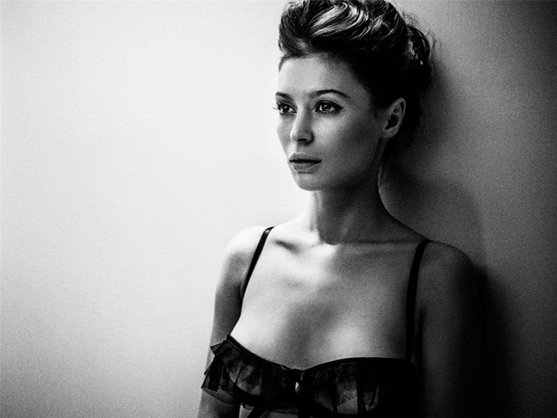 Рекламная кампания нижнего белья Lascivious lingerie, осень-зима 2013 / by Szymon Brodziak