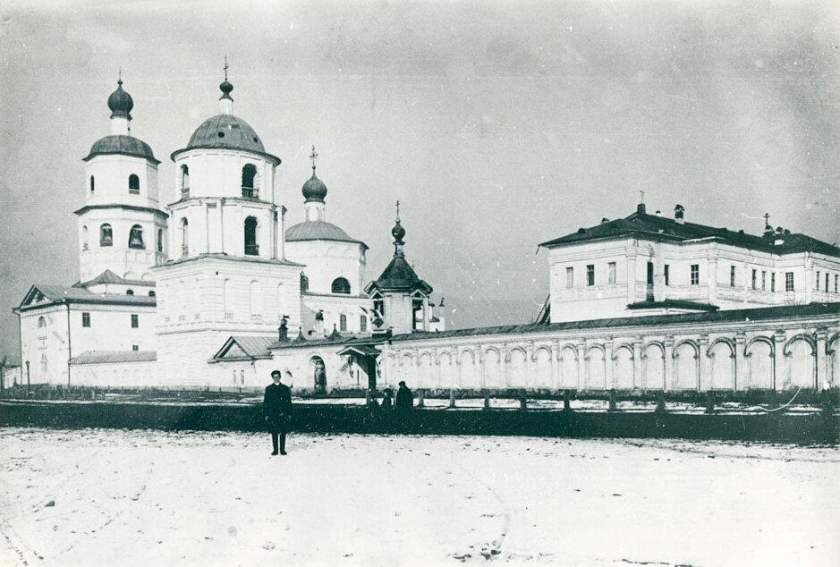 Богоявленский собор и архиерейские палаты