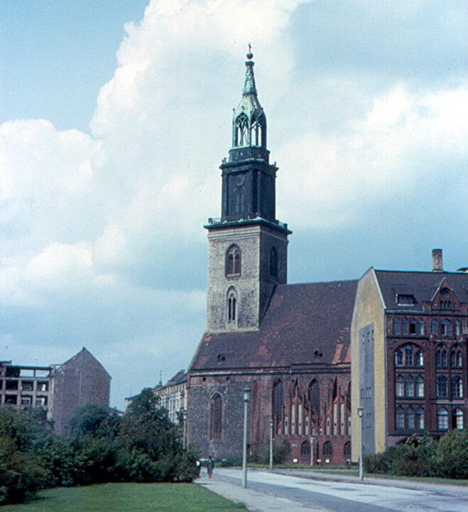 1963. Восточный Берлин - Мариенкирхе