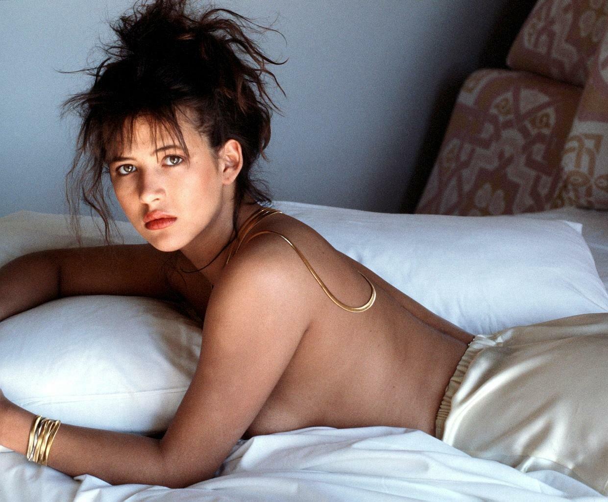 топ сексуальные французские актрисы рту гадкие ощущения