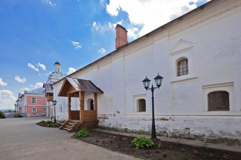 Келейный корпус Введенского монастыря