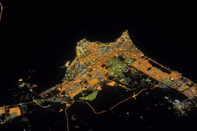 Эль-Кувейт ночью из космоса