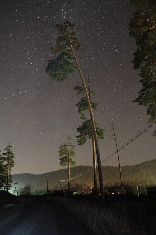 Млечный путь над станцией Куса