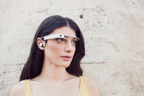 У Microsoft появятся свои «умные очки»