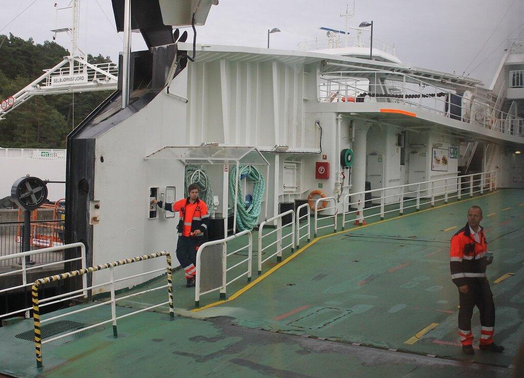 Хардангерфьорд, Паром. Hardangerfjord, ferry