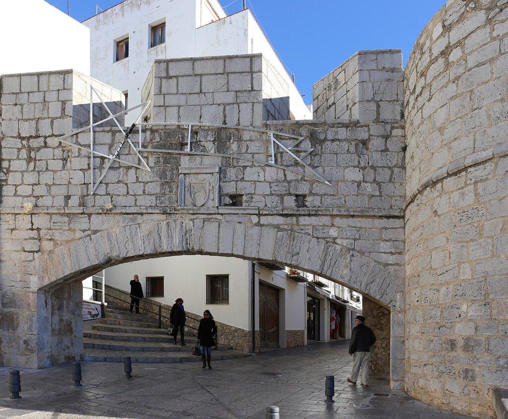 Пеньискола. Ворота Святого Петра. Puerta de Sant Pere. Peniscola.