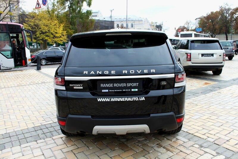 Range Rover Sport вид сзади