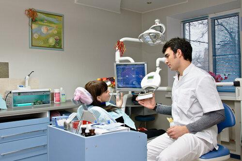 А стом а, ооо, стоматологический центр, филёвская 3-я, 8 к2 (1 этаж) возле метро багратионовская