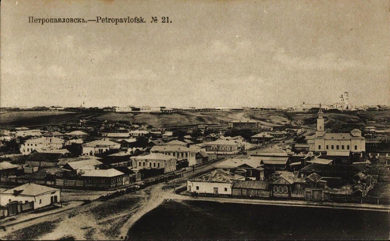 Вид на город с колокольни Подгорного собора