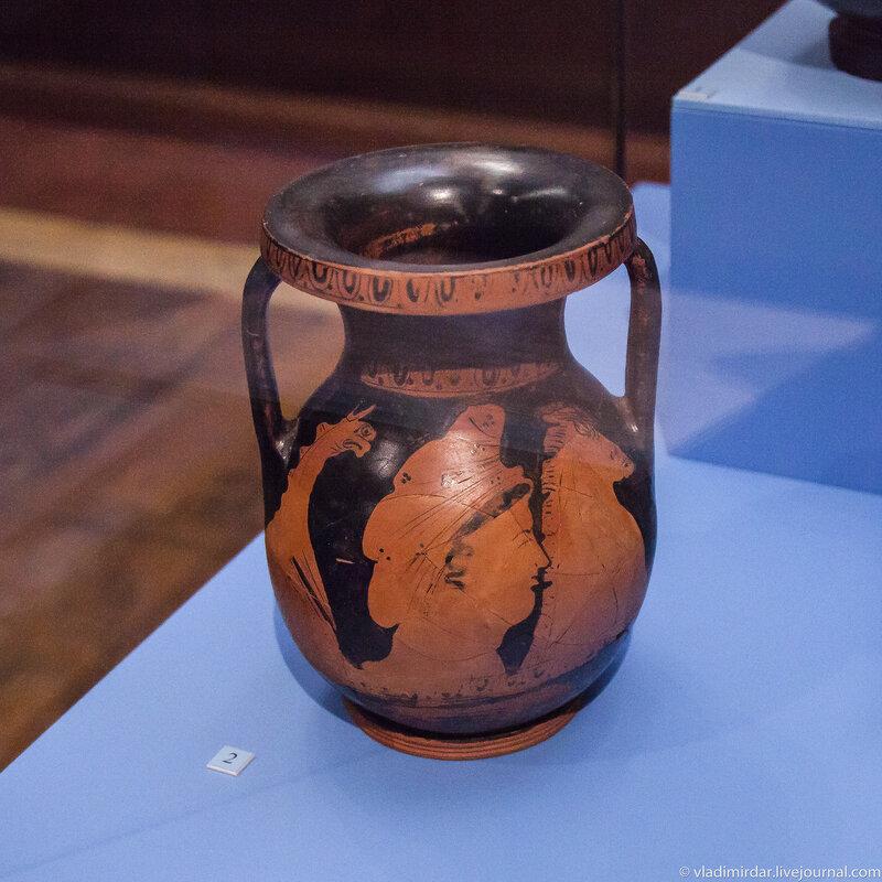 Пелика краснофигурная. Керамика. Вторая-третья четверть IV до н.э.