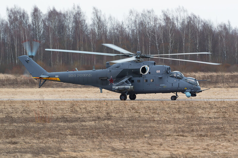 Миль Ми-35 (68 белый) D803924