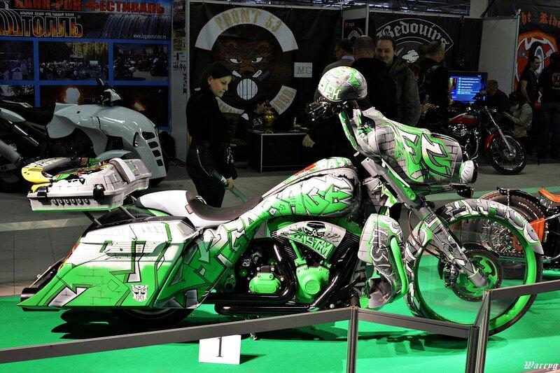 Кастомбайк под №1 Harley Davidson DreamLiner от Рокгараж