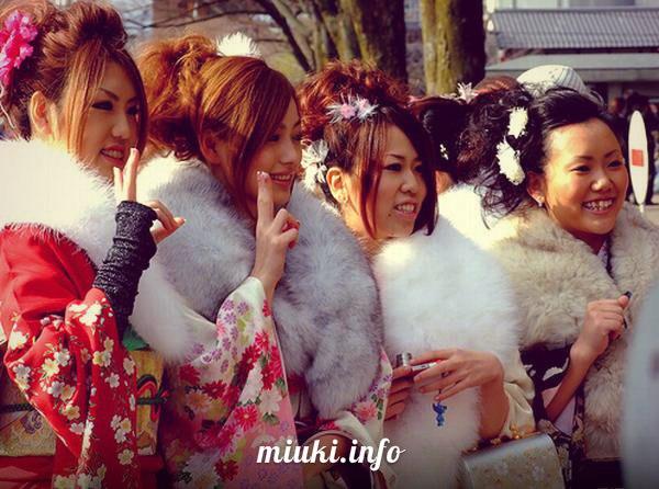 День совершеннолетия в Японии (Сейдзин-но Хи)