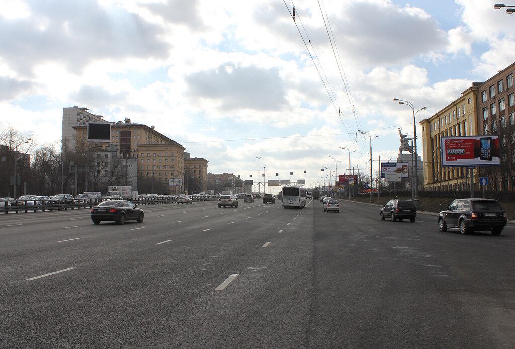 Собянин осмотрел итоги благоустройства Ярославского шоссе и проспекта Мира