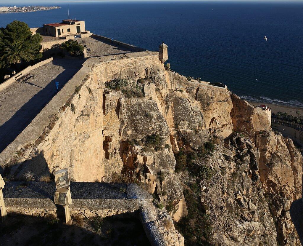 Аликанте. Крепость Санта-Барбара (Castell de la Santa Bàrbara)