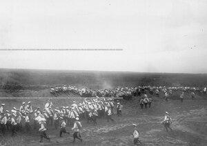 Выход на рубеж батальона во время полевых учений В Усть-Ижоре.