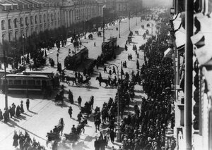 Демонстрация протеста на Невском проспекте. 15 апреля 1912г. Санкт-Петербург.