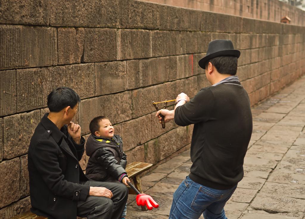 2. До туристов им нет дела. Прогулка по Фэнхуану. Отзывы о поездке в Китай самостоятельно.