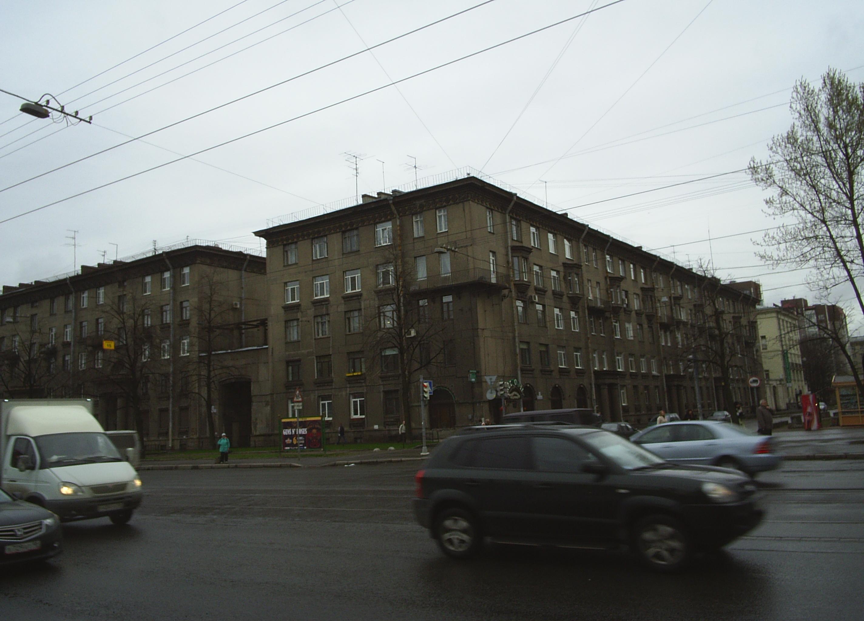 Ул. Севастьянова 5