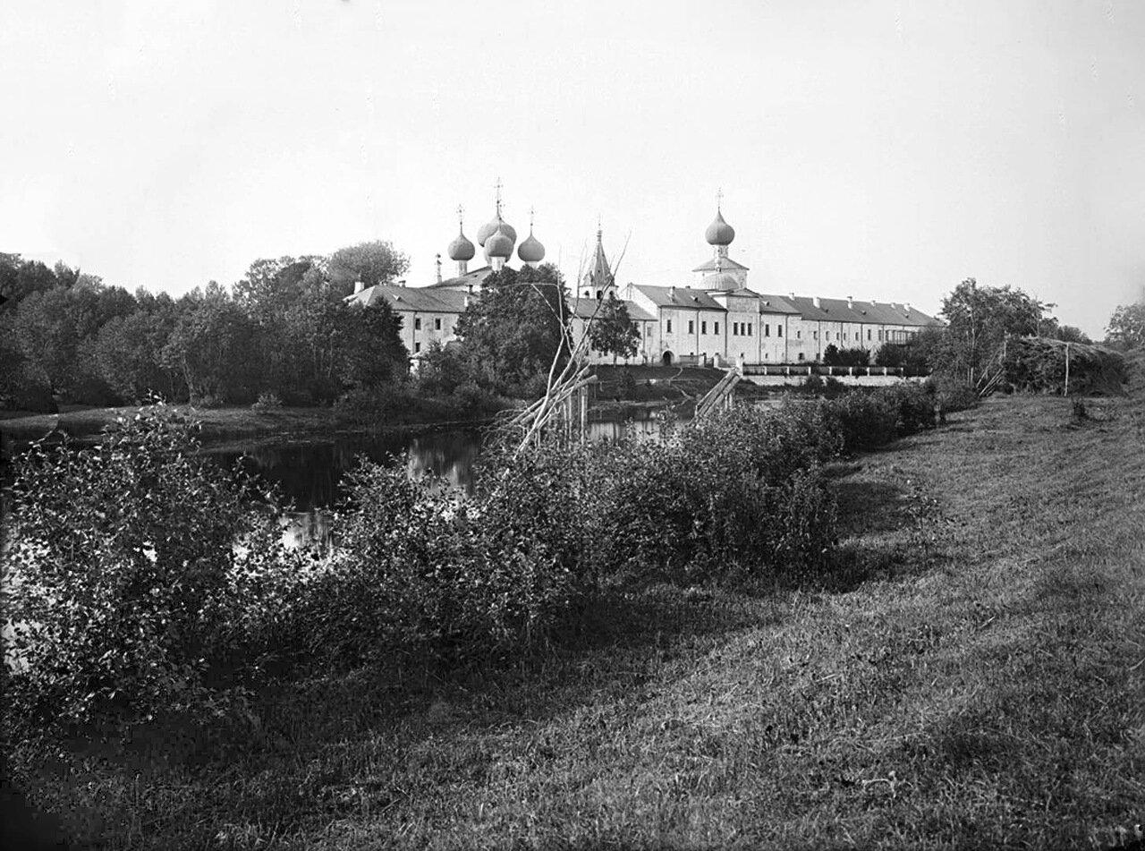 Общий вид Жёлтикова мужского монастыря близ города Тверь. 1903 г