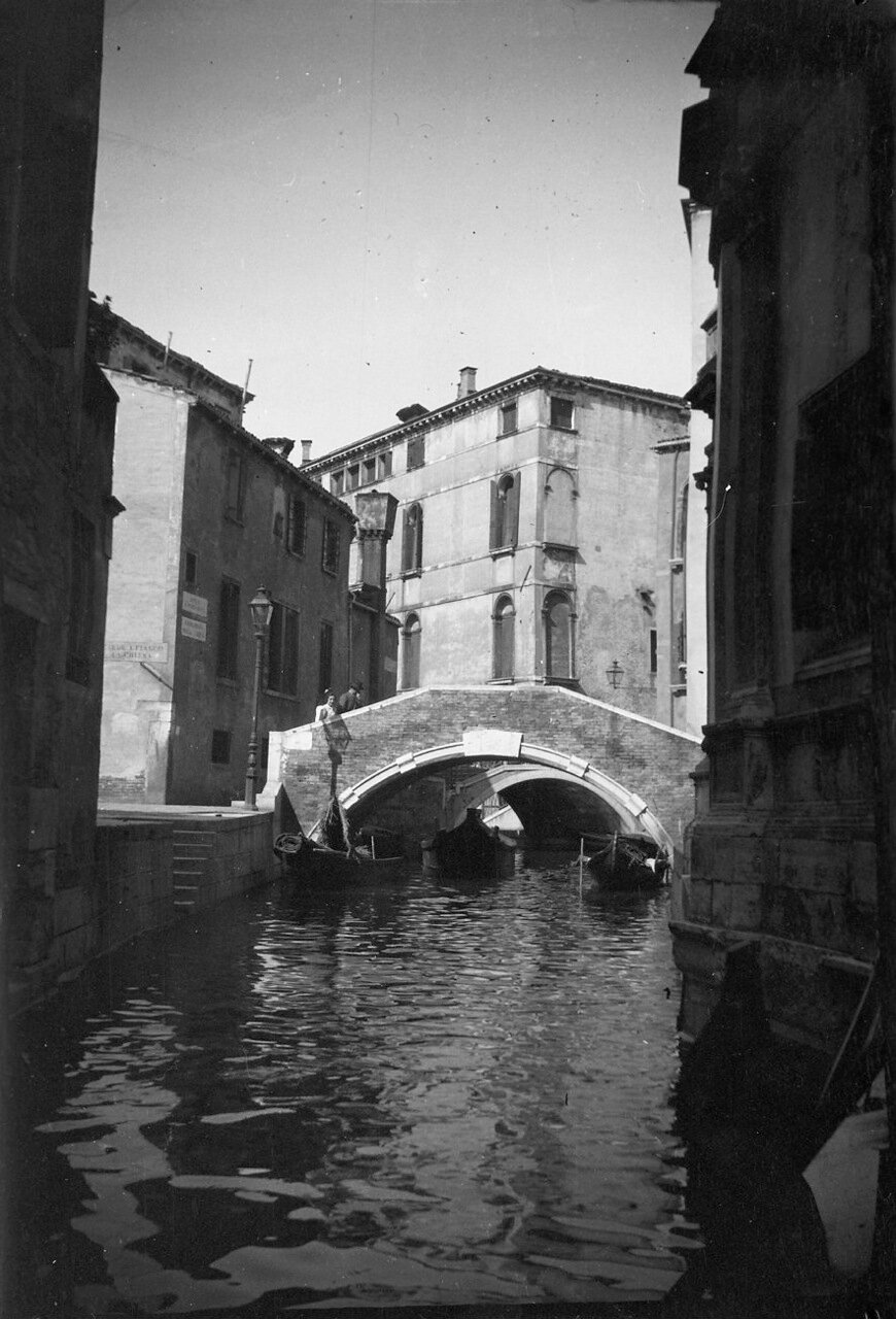 1900. Венеция. Мост через канал