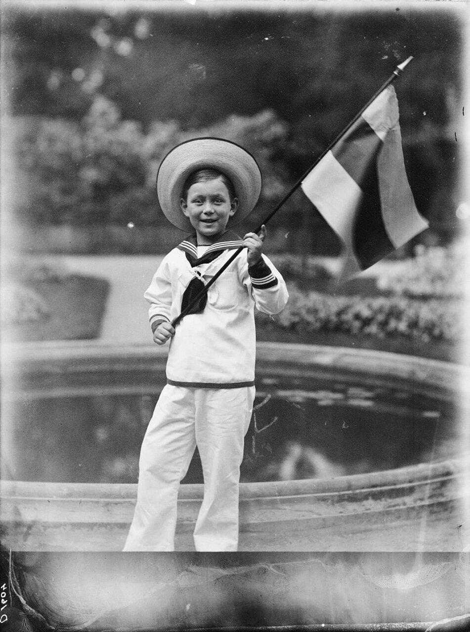 1914. Принц Леннарт