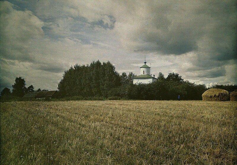 Церковь Успения на Волотовом поле.Фото Л.А.Мацулевича.1910