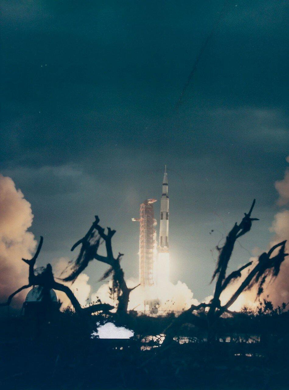 Корабль «Аполлон-14» стартовал 31 января 1971 года в 21 час 03 минуты GMT на 40 минут позже расчётного времени.