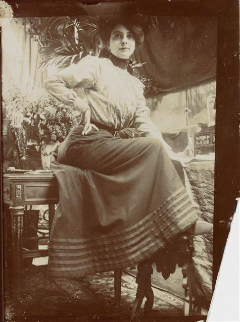 model-study-1900.jpg