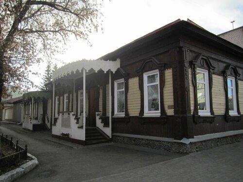 улица Елькина 32